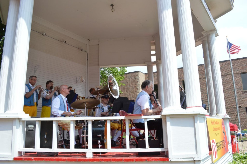 The Czech Plus Band performs at the Kosek Bandstand during Houby Days in Cedar Rapids, Iowa. (photo/Cindy Hadish)