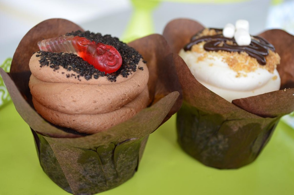 Baked. Cupcake Bakery & Cafe of Monticello, offered these tasty cupcakes for sale during the Mount Vernon Chocolate Stroll. (photo/Cindy Hadish)
