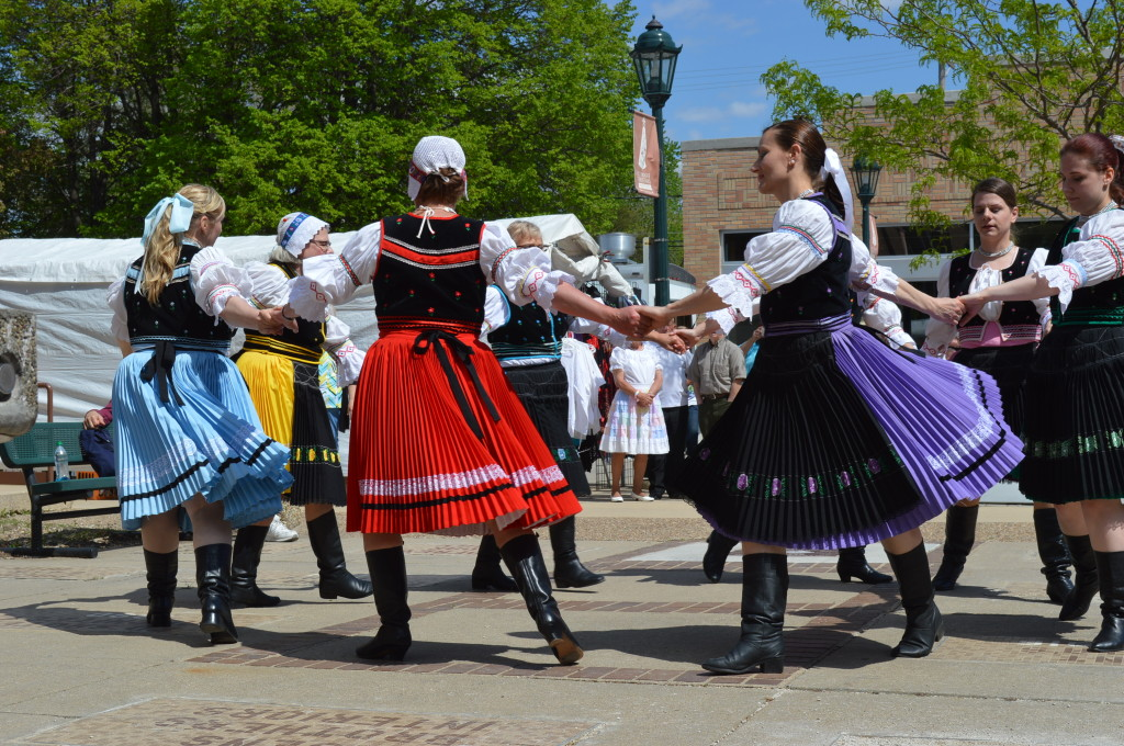 Lipa Slovak Folk Dancers perform outside the Kosek Bandstand along 16th Avenue SW in Cedar Rapids, Iowa, during Houby Days 2014. Saturday's weather was perfect for dancing, a carnival, rides and other events during the three-day festival. (photo/Cindy Hadish)