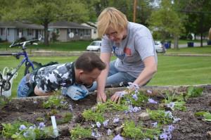 Garden contest brings community together at Noelridge Park in Cedar Rapids