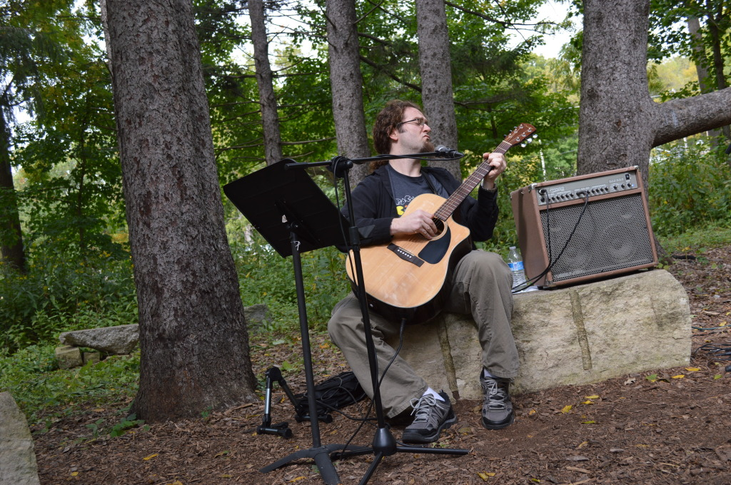 Guitarist Les Ohlhauser of Cedar Rapids performs during Honey Fest at the Indian Creek Nature Center. (photo/Cindy Hadish)