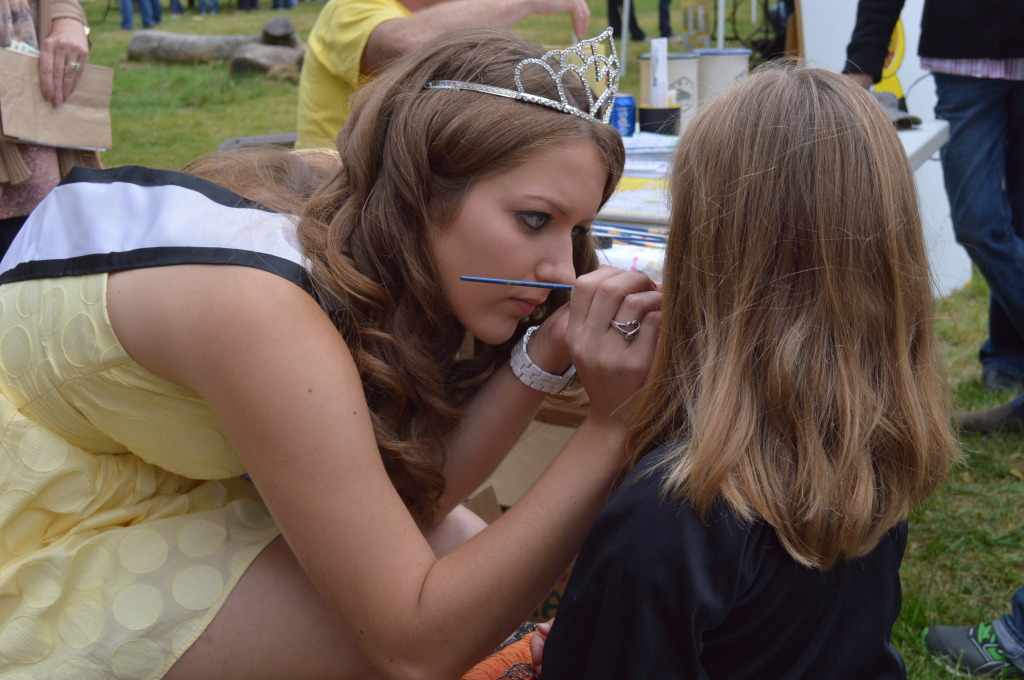 Face-painting was part of the fun at Honey Fest on Sunday, Sept. 21, 2014. (photo/Cindy Hadish)