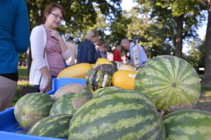 Last call: Season ends soon for Iowa's outdoor farmers markets