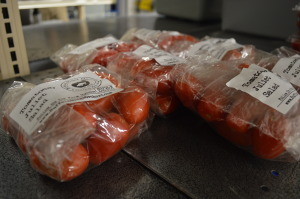 Digital divide? New options battle traditional farmers markets to sell fresh veggies in Iowa