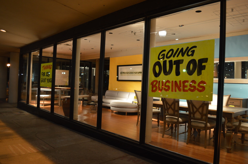 Smulekoff's final day of business will be Friday, Nov. 28, 2014. (photo/Cindy Hadish)