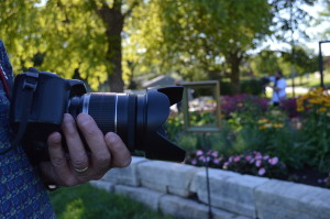 Photographers of a variety of experience levels took part in a photography night at the Noelridge Park gardens. (photo/Cindy Hadish)