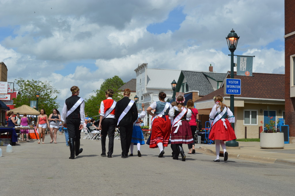 The Czech Heritage Foundation Royal Court makes its way down 16th Avenue SW in a revitalized Czech Village during Houby Days in May 2015. (photo/Cindy Hadish)