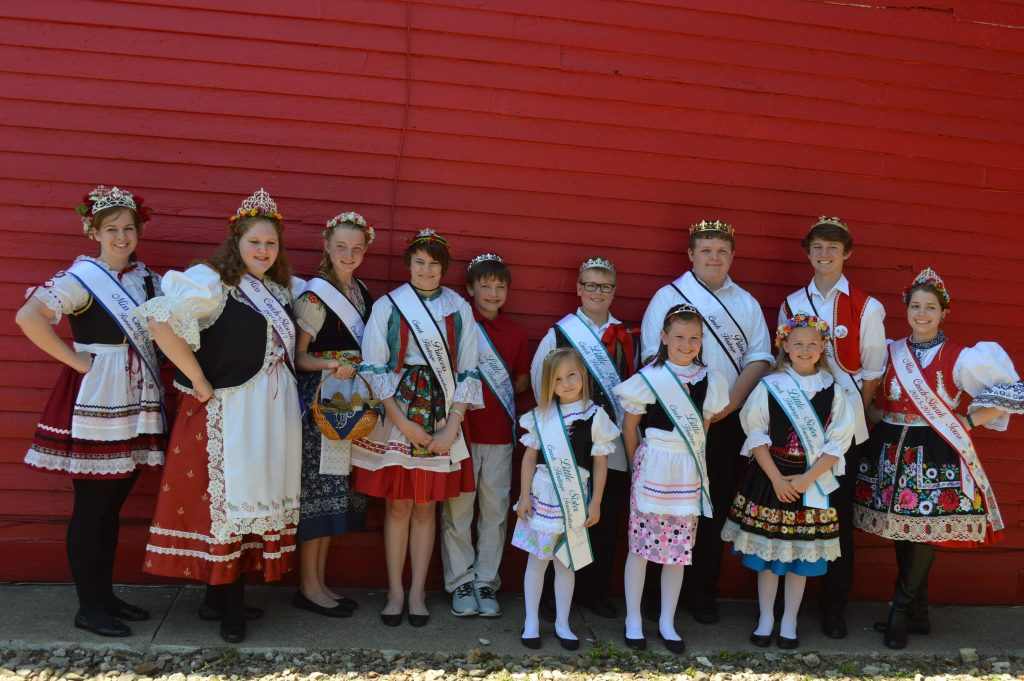 The new Czech Royal Court, sponsored by the Czech Heritage Foundation, was announced Sunday, May 22, 2016, during Houby Days in Cedar Rapids, Iowa. (photo/Cindy Hadish)