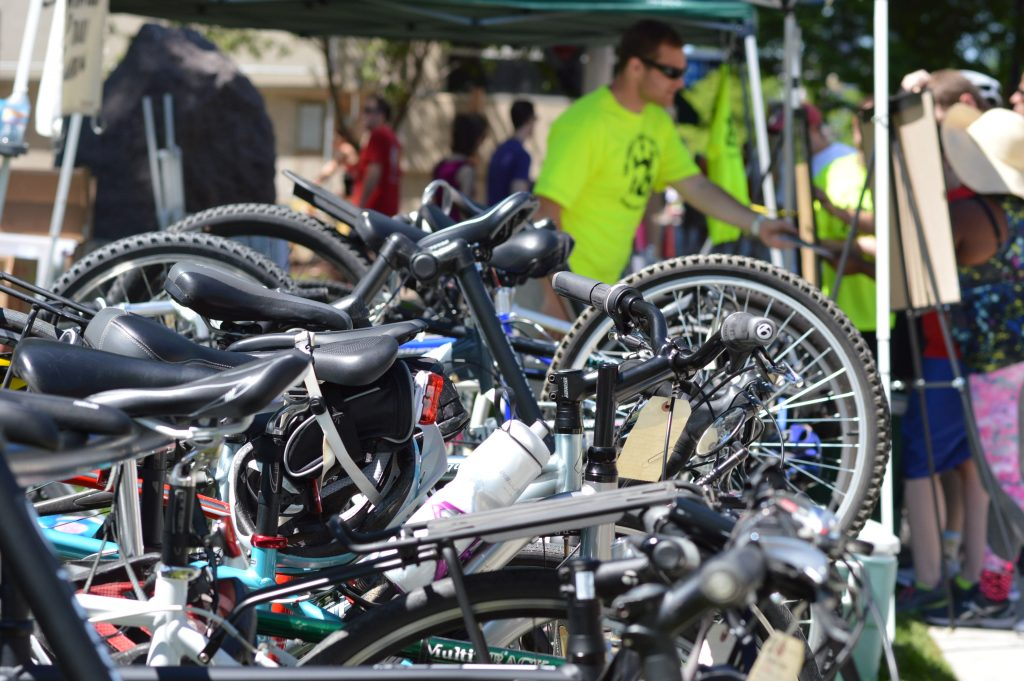 The Linn County Trails Association offered bike parking during the market in Greene Square Park. (photo/Cindy Hadish)