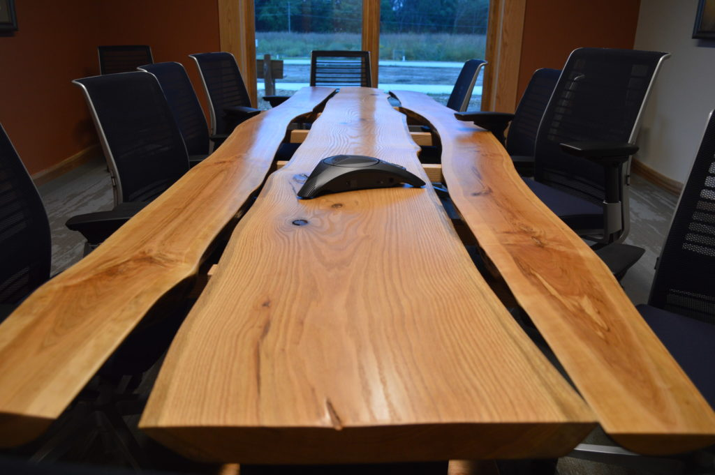 i-conference-table