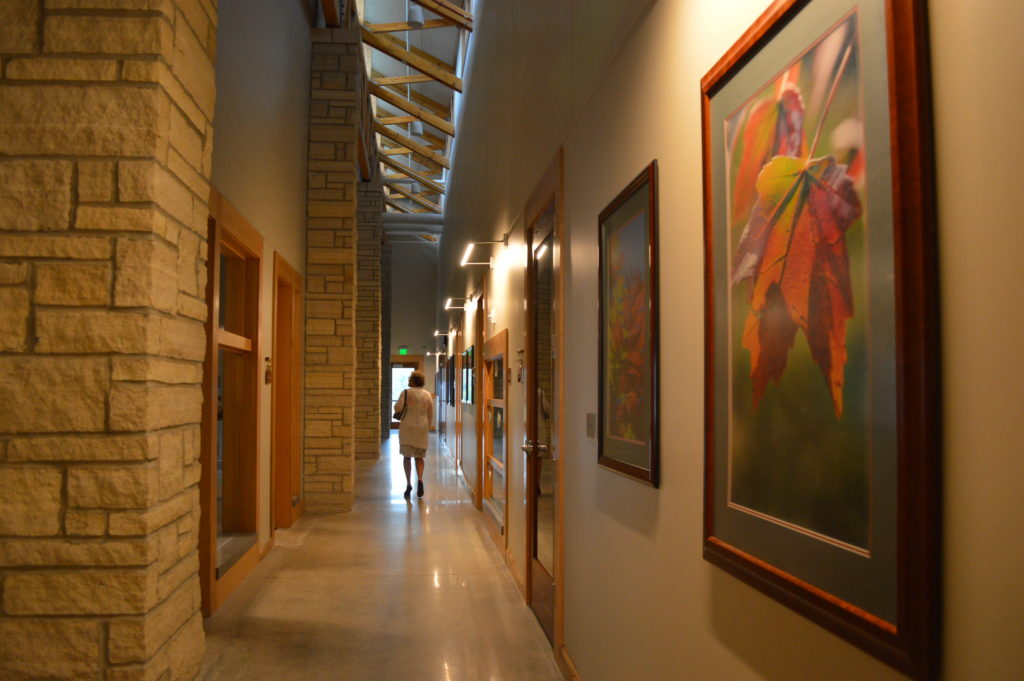 i-hallway