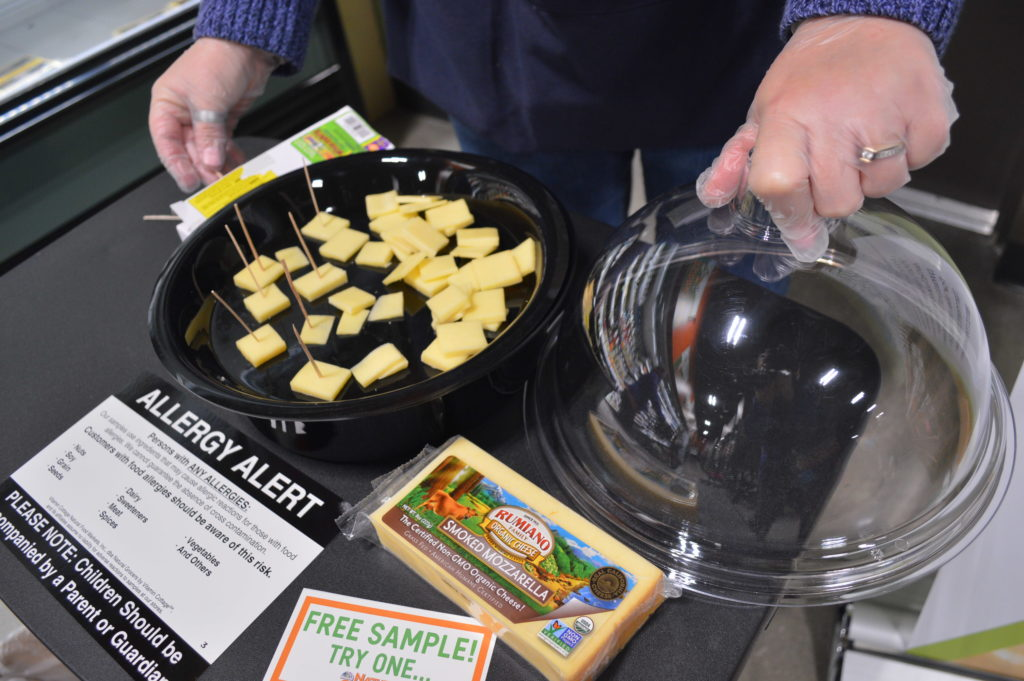 grocer-cheese-samples