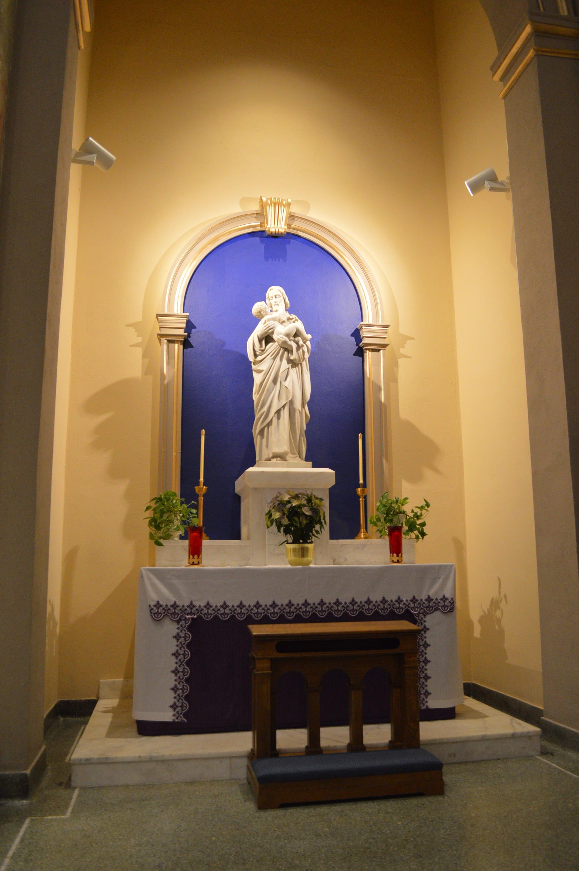 Century Old Iowa Church Unveils Restoration Work